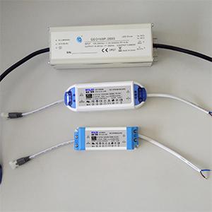 LDE面板灯驱动对比